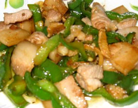 肉片炒青椒