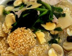 蘑菇锅巴汤