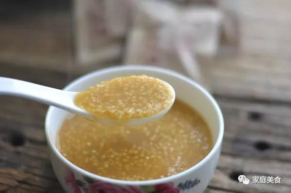 用小米熬粥时,用冷水还是沸水?之前搞错了,难怪熬不出米油