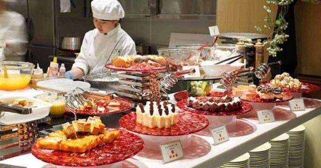"""自助餐想要吃""""回本""""最好别点这3样食物,越爱吃,老板越高兴!"""
