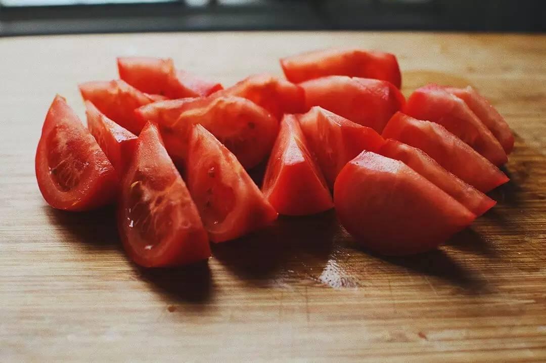 老妈做了30年的西红柿炒蛋,总结出8个小窍门,很实用的技巧